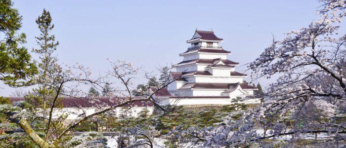 春の鶴ヶ城